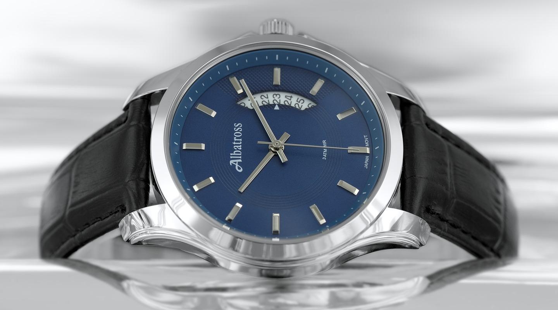 Мужские часы с черным браслетом