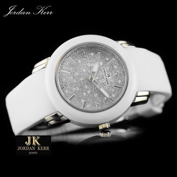 Часы с силиконовым браслетом
