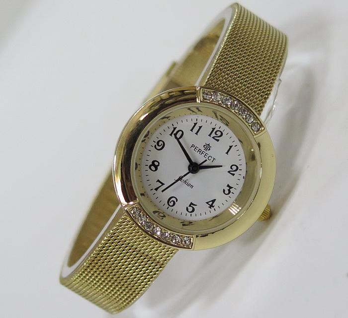 Часы PERFECT